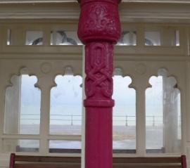 bexhill beach shelter, pink column detail