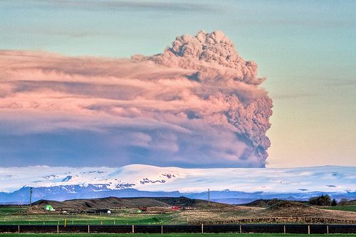 Volcanic ash plume - pink - Iceland